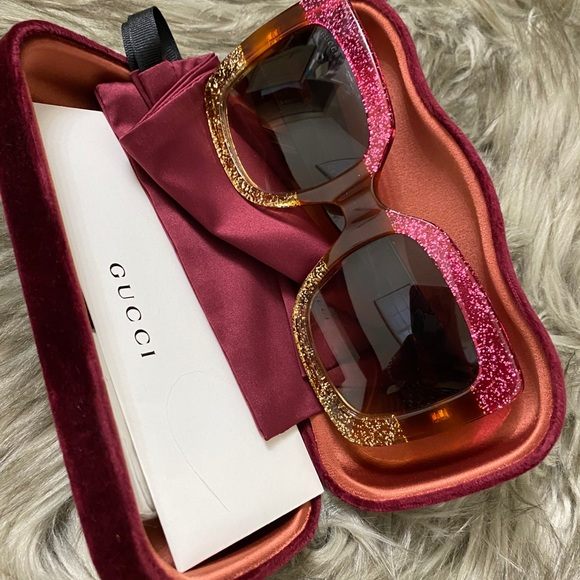 Authentic Squared Gucci Shades 👓
